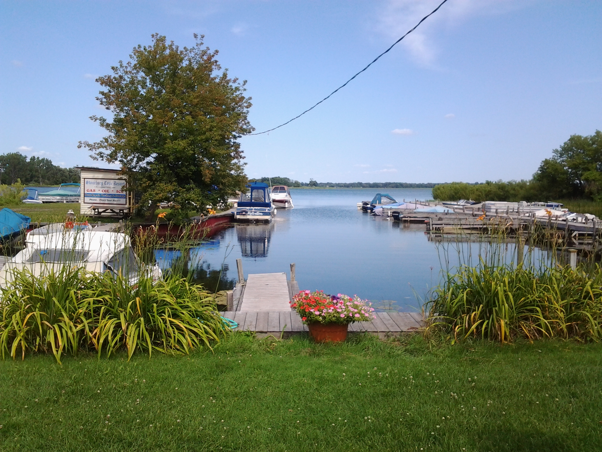 Marina, flowers, lakeside, luxury cottages, designer driven cottages