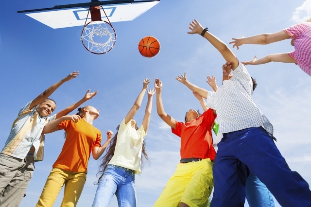 basketball, volleyball, badminton, games, washer toss, horseshoe, bean bag toss